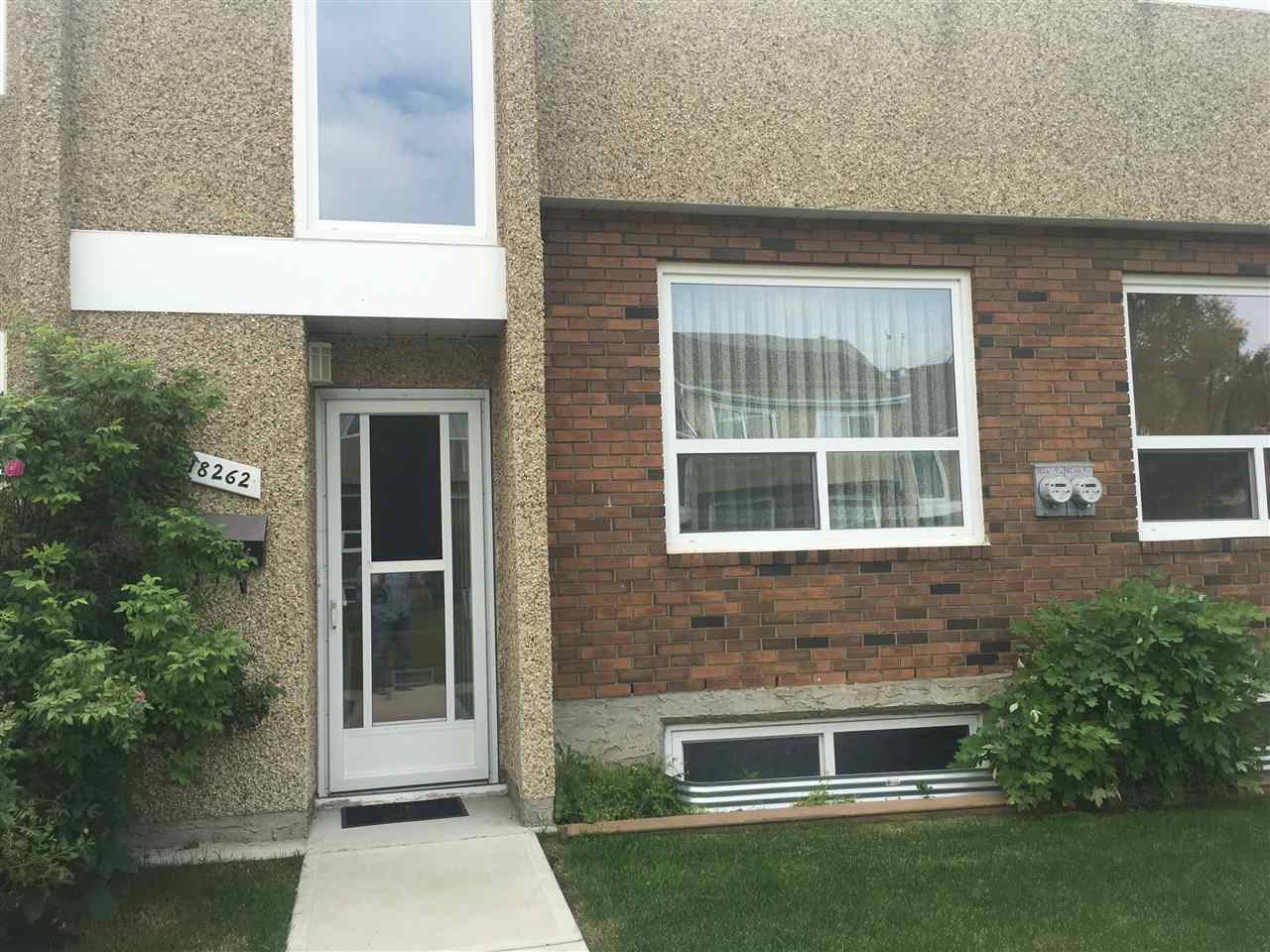 This lovingly renovated end unit is one of a kind with 4 bedrooms on the upper level, a large living room and additional family room on the main level! The master comes with a new 4 piece bath. All new flooring, base boards through out, new paint and new windows and doors. Short walk to WEM and surrounded by all levels of schools.