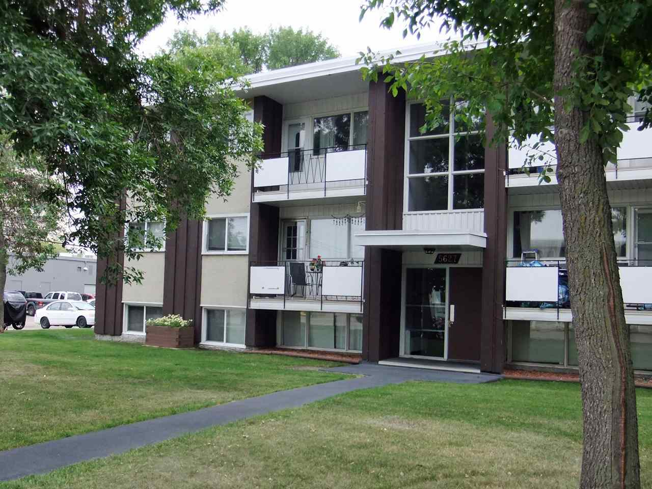 Investors, First Timers or Students (or parents!); This clean and comfy two bedroom condo is centrally located on the south side and is ready for you. The beautifully treed Charleswood complex is in the heart of Pleasantview, close to restaurants, shopping and transportation, and a short walk to Southgate and the LRT. This home features a large living room, efficient galley kitchen with dining area, two bedrooms, a full bath, and handy in-suite storage room. There is one assigned, energized parking stall close by and plenty of bicycle parking. The low condo fees (under $200 per month) include heat and water. A great condo at a great price; all that?s missing is you; so let?s get moving!