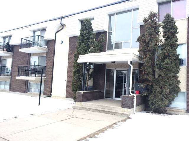 ATTENTION INVESTORS!!  PRICE JUST REDUCED $30,000.  2 bedroom condo-upgrades include: newer light fixtures, flooring, upgraded bathroom.  Building has a new roof, new boiler and new balcony's.  NEW PRICE ONLY $89,900
