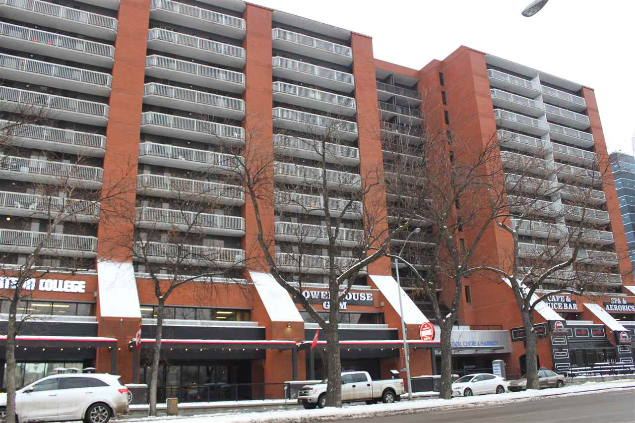 Living Downtown can be more affordable than you might expect.  This large 1 bedroom apartment includes an underground parking stall and features new laminate flooring, oak cabinets, in suite laundry and a spectacular skyline view from the oversized shared patio.  Capital Centre is perfectly located close to all amenities, shopping, transportation and great restaurants (some right in the building).  The building amenities include a recreation room, swimming pool, sauna, rooftop patio ($100/year) and exercise room ($100/year).