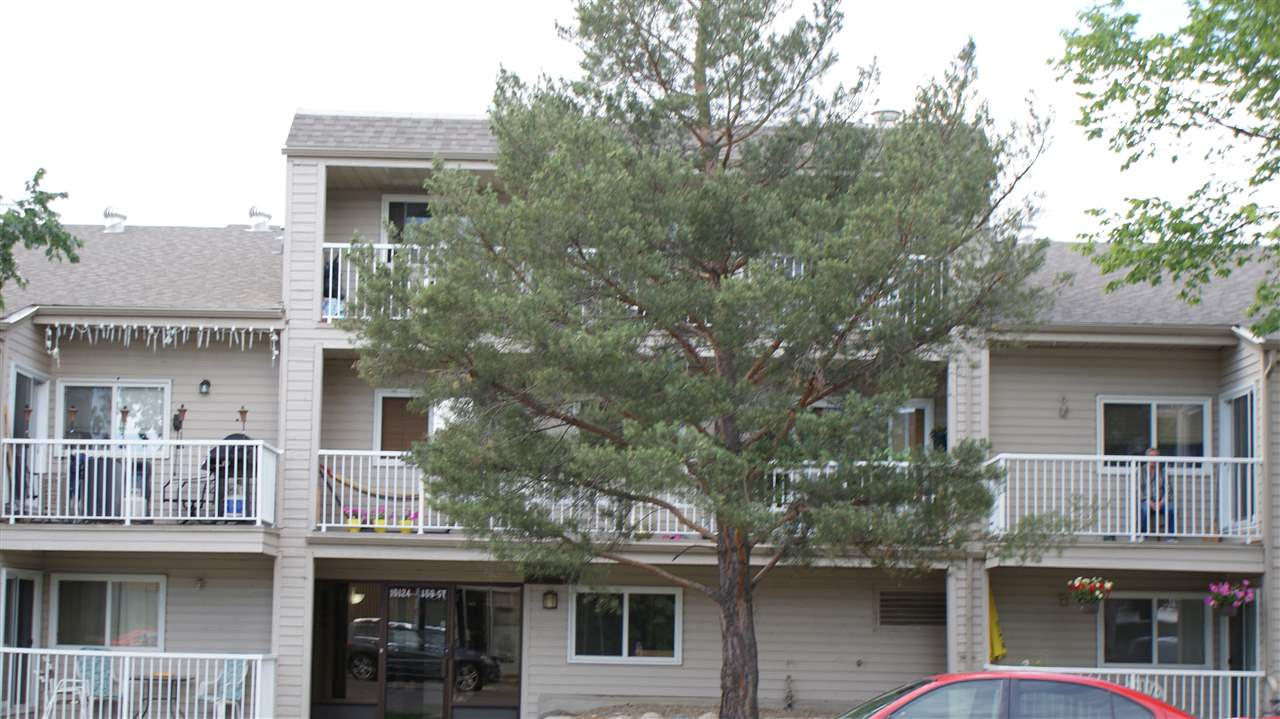 Large 1 Bedroom unit on the west end. Unit in good condition, clean, newer flooring, paint, common area have been upgraded with newer carpet and paint, close to all amenities.
