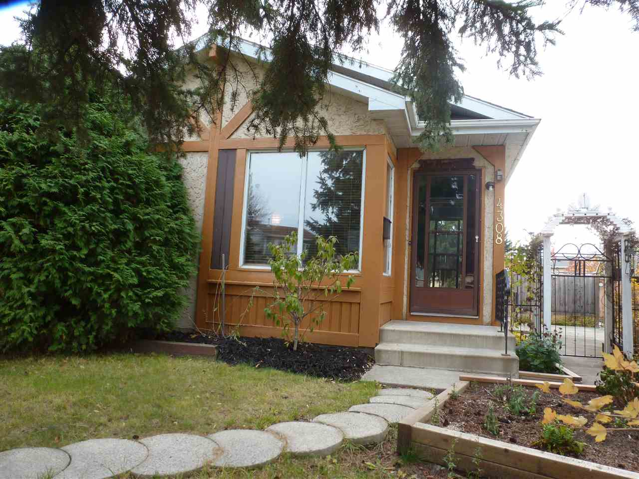 Great Starter Home! 3-Bedroom Bungalow(1981) tucked away in a quiet Cul de Sac in the Kiniski Gardens Neighborhood  in SouthEast Edmonton. Comes with fully landscaped backyard with room for Double Garage. Close to all amenities.
