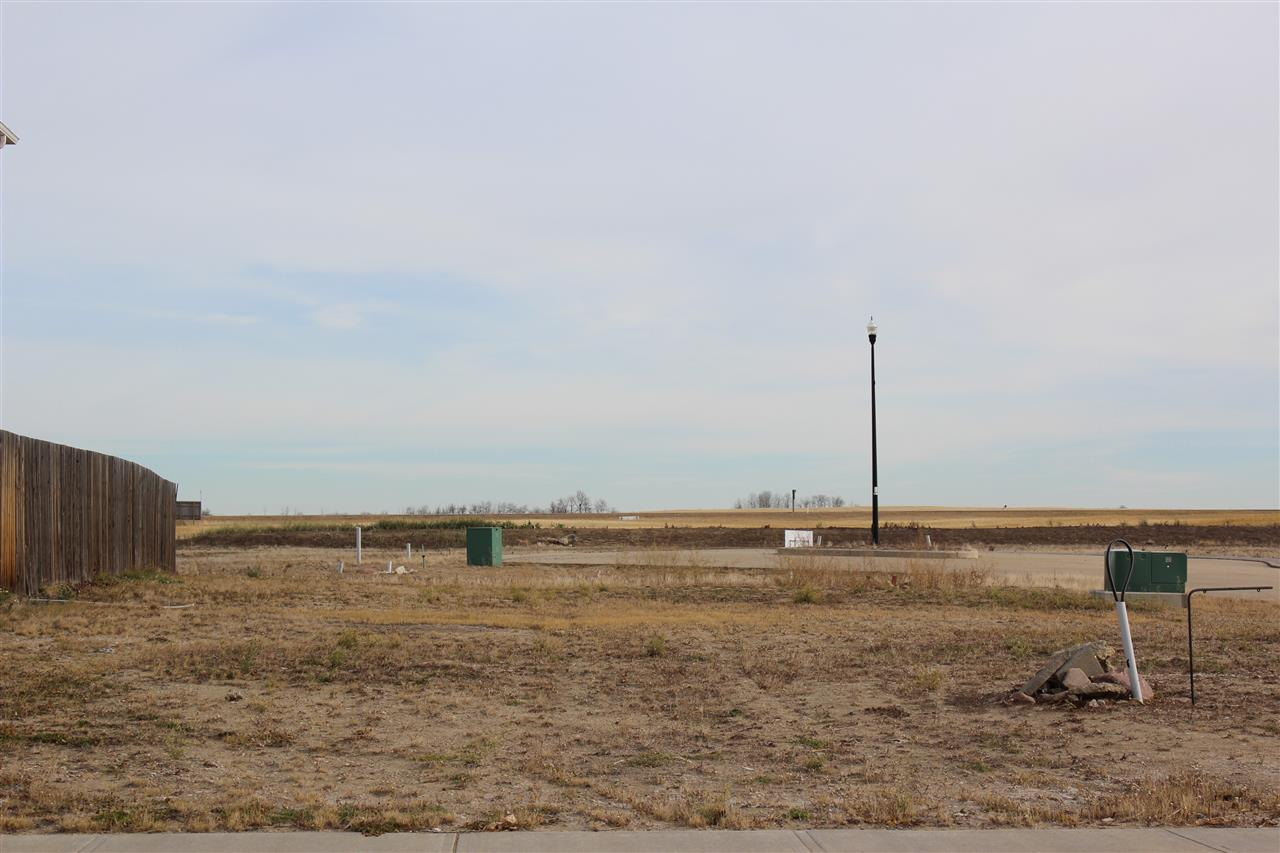Serviced lot in this growing community of Whitetail Crossing!  Build your home in this architecturally controlled subdivision only 40 minutes east of Sherwood Park and Fort Saskatchewan!  The Town of Mundare is a fantastic Community with a bakery, grocery store, library, restaurants, curling rink, hockey arena, 18 hole golf course, daycare and new K-8 school!