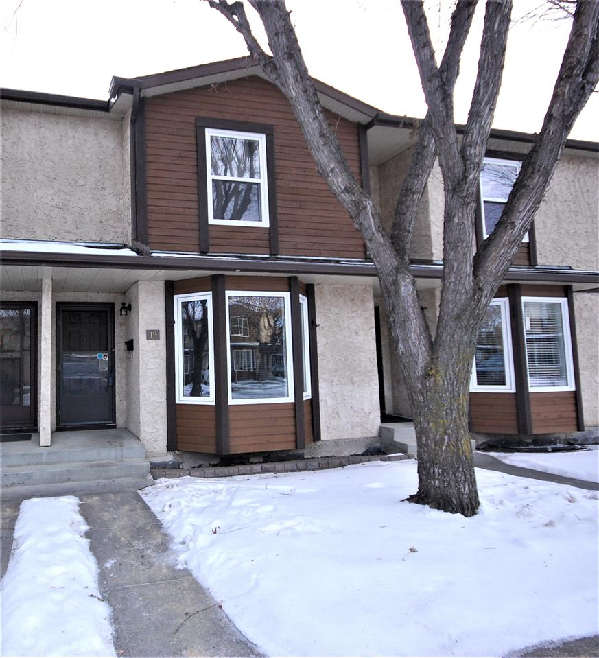 Fully finished condo in the mature community of Beaumaris. Fully renovated kitchen, bathroom, fresh paint throughout, hardwood floors throughout the main level. Upstairs is 2 large bedrooms & a fully renovated 4 piece bathroom. Basement is finished with a games/media room & an office/playroom area. Large laundry/furnace room with lots of storage. 2 parking stalls come with this unit, close to schools, shopping, transit and quick access to the Henday.