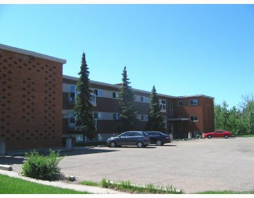 PRICE REDUCED Very large upgraded 1 bedroom condo near Capilano Mall.