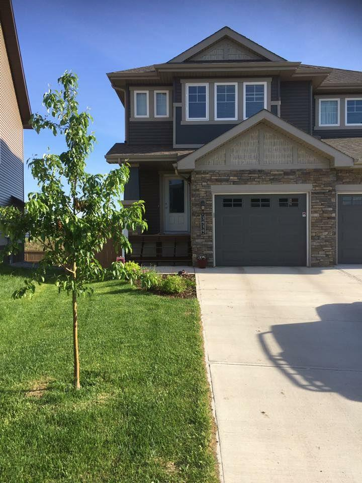 Half Duplex. 3 Bedroom & 3 1/2 washrooms with Bonus room. All stainless steel appliances, south facing yard with lots of sunlight in living room & kitchen area, laminate flooring throughout main floor. Fully finished basement. Move in ready - Deck, landscaping, fence all done. Attached garage, move in and enjoy.