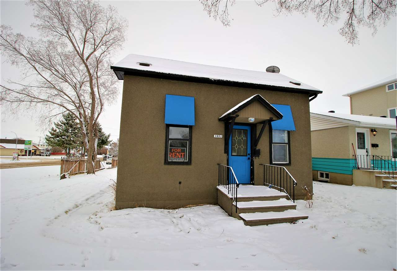 Looking for character? You'll find it at 4802 51 Avenue in Oldtown, Stony Plain! Great location with so many possibilities - investment, home based business or first time buyer! The home is 872 sq ft with a partial basement! This lot measures 50' x 125' and has tons of opportunity! Come investigate today! Currently zoned as central mixed use!