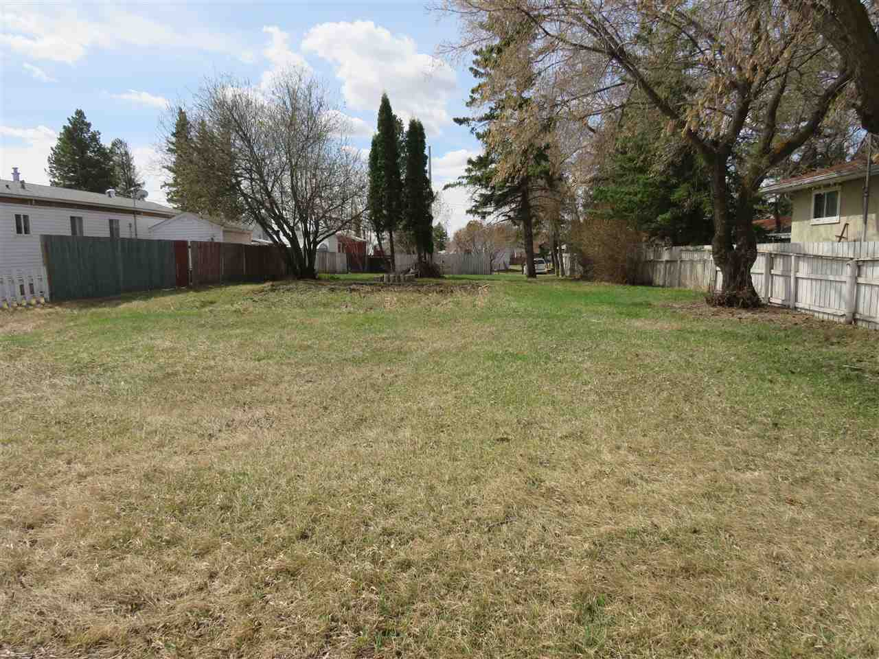 Nice clean 7000 sq ft residential bare lot zoned R2 and ready for development. Situated in a nice quiet family neighborhood with a north central location within the Village of Ryley.