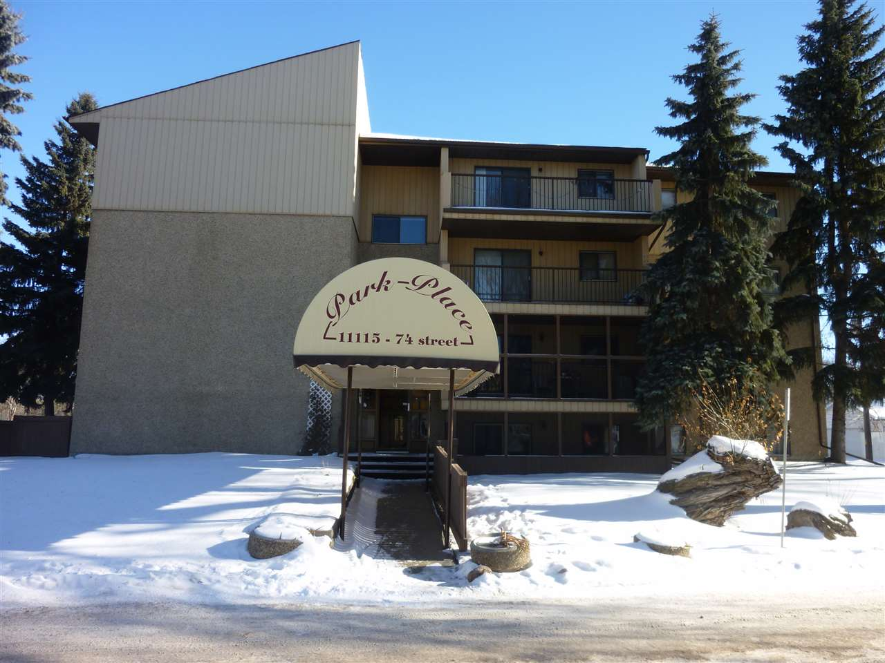 JUST STEPS AWAY FROM CONCORDIA UNIVERSITY with quick access to the Gretzky, Yellowhead and LRT.  This 1 bedroom, 1 bath conveniently located in Virginia Park might just be for you. Features a lovely upgraded kitchen with granite countertops.  Across the street from Borden Park and close to the river valley and walking trails.  This 18+ building offers a great floorplan,  screened balcony and same floor laundry.  Priced to sell!!