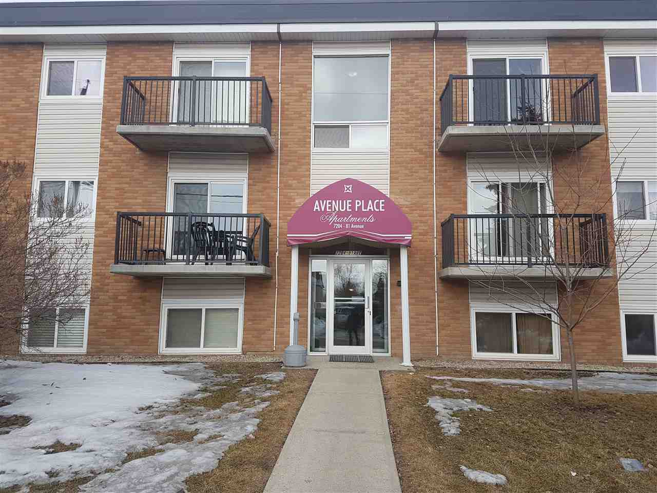 Excellent investment opportunity in King Edward Park! Fantastic location just minutes from downtown. This large 2 bedroom unit has the perfect setup for a first time home buyer or investor. Close to UofA and Whyte Ave and transit the location cant beat. Just needs some sweat equity to make it great again! Come take a look, at this price won't last long.