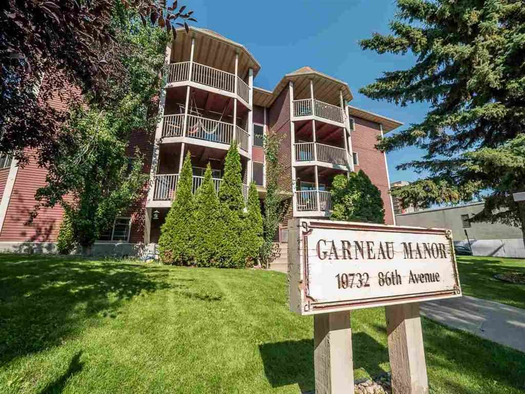 THIS BEAUTIFUL, BRIGHT AND SPACIOUS 2 BEDROOM CONDO OFFERS A FANTASTIC LOCATION CLOSE TO THE U OF A, WHYTE AVE AND THE RIVER VALLEY TRAILS. FRESHLY PAINTED THROUGHOUT AND COMPLETE RENOVATION IN 2005 FEATURES ALL NEW FLOORING (HARDWOOD AND SLATE), MAPLE KITCHEN CABINETS WITH GORGEOUS BACK SPLASH AND GRANITE COUNTERS, NEWER APPLIANCES INCLUDING OVER THE RANGE MICROWAVE AND DISHWASHER. THE MAIN BATH & ENSUITE ALSO FEATURE SLATE TILE. TO TOP IT OFF THERE IS INSUITE LAUNDRY AND STORAGE LOCKER #15. GARNEAU MANOR IS STEPS TO SASKATCHEWAN DRIVE, WHYTE AVE, UNIVERSITY HOSPITAL, FARMERS MARKET AND THE RIVER VALLEY.
