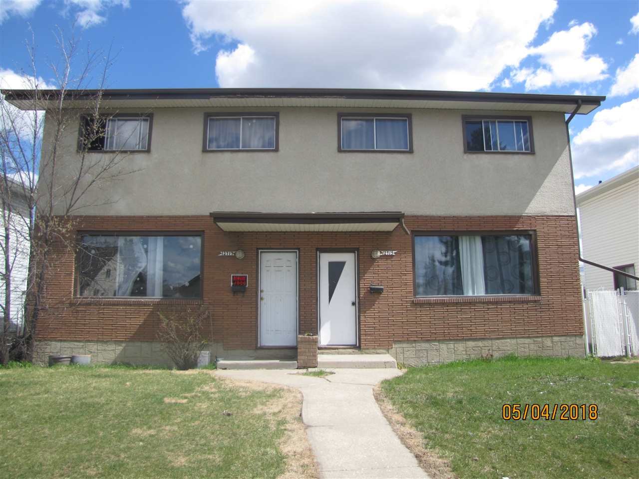 GREAT OPPORTUNITY FOR THIS FULL DUPLEX 2 STOREY WITH ALMOST 1,200 SQ. FT PER SIDE IN A GREAT LOCATION CLOSE TO SCHOOLS, SHOPPING AND TRANSPORTATION. EACH SIDE HAS 3 BEDROOMS, 2 BATHROOMS, NEW CARPET, LINO, PAINT, AND 4 APPLIANCES. THE BASEMENTS ARE COMPLETED AND BOTH SIDES HAVE NEWER FURNACES AND HOT WATER TANKS. THE DOUBLE DETACHED GARAGE IS SHARED AND IS 26X22 IN SIZE. THE PROPERTY IS ON A LARGE LOT ON A QUIET STREET. THE UTILITIES ARE SEPERATE AND THE PROPERTY HAS ONE TITLE. GREAT INVESTMENT OPPORTUNITY.