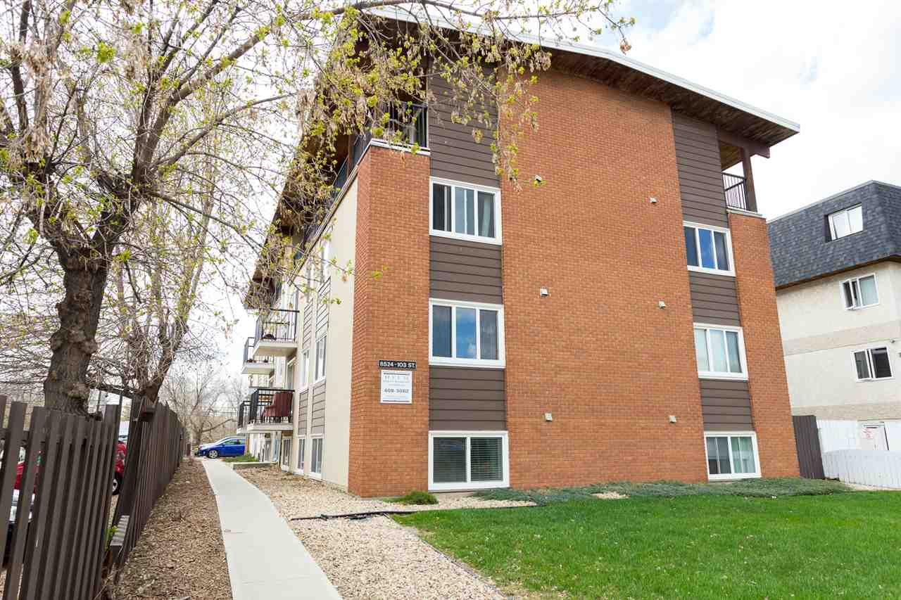 IMAGINE LIVING steps to the river valley, Whyte Avenue shops & restaurants, Strathcona Farmer's Market, all the events plus minutes to downtown and the University of Alberta! Welcome to Gateway Manor, this recently renovated, 1 bedroom, 1 bath, main floor condo features brand new windows, a functional floor plan, a new paint job, modern colors, black appliances, maple cabinets, crown moulding, laminate flooring, plenty of sun light and a parking stall. You will fall in love with this suite and it's prime location. Don't miss out, this amazing property could be yours!