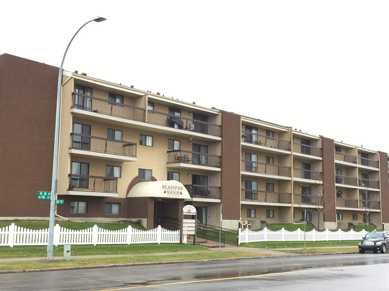 Immaculate! Completely renovated bright and spacious two bedroom with new kitchen, bathrooms, flooring, light fixtures and new paint. Excellent layout with large living room, master bedroom with ensuite; another bedroom, a 4 pieces bathroom and in suite laundry; also huge balcony and a storage unit. Unit come with Underground heated parking, tons of visitor parking around the building and on the street. Bearspaw Manor is located in convenient community of Keheewin,  Situated in a quiet neighbourhood, across from the park. Close to shopping, YMCA with great access to all major driving routes, LRT, buses, professionally managed and extremely well maintained. truly a perfect location for your new home!