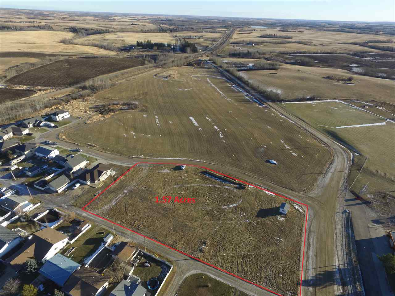 Investor Alert! Prime residential lot in the growing town of Mayerthorpe. This 1.57 acre lot is zoned for multi-family residential. Town is investor friendly. Bring your ideas!