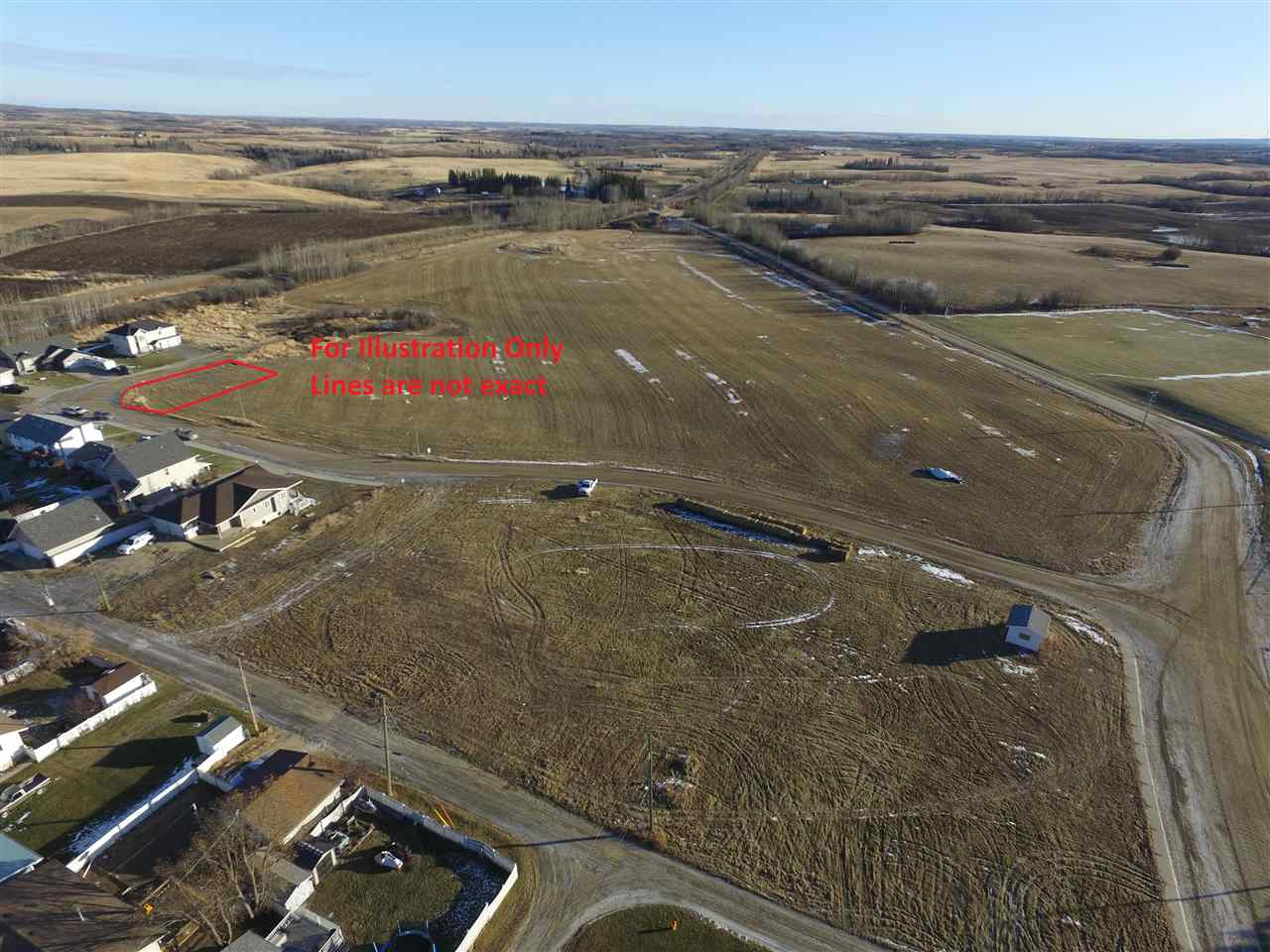 Thinking of building in Mayerthorpe? Come view this un-serviced corner lot in a new development. Town of Mayerthorpe is keen to grow and is fostering and encouraging new housing, investment, and business startups with possible municipal infrastructure and tax incentives. Come be a part of this growing community!
