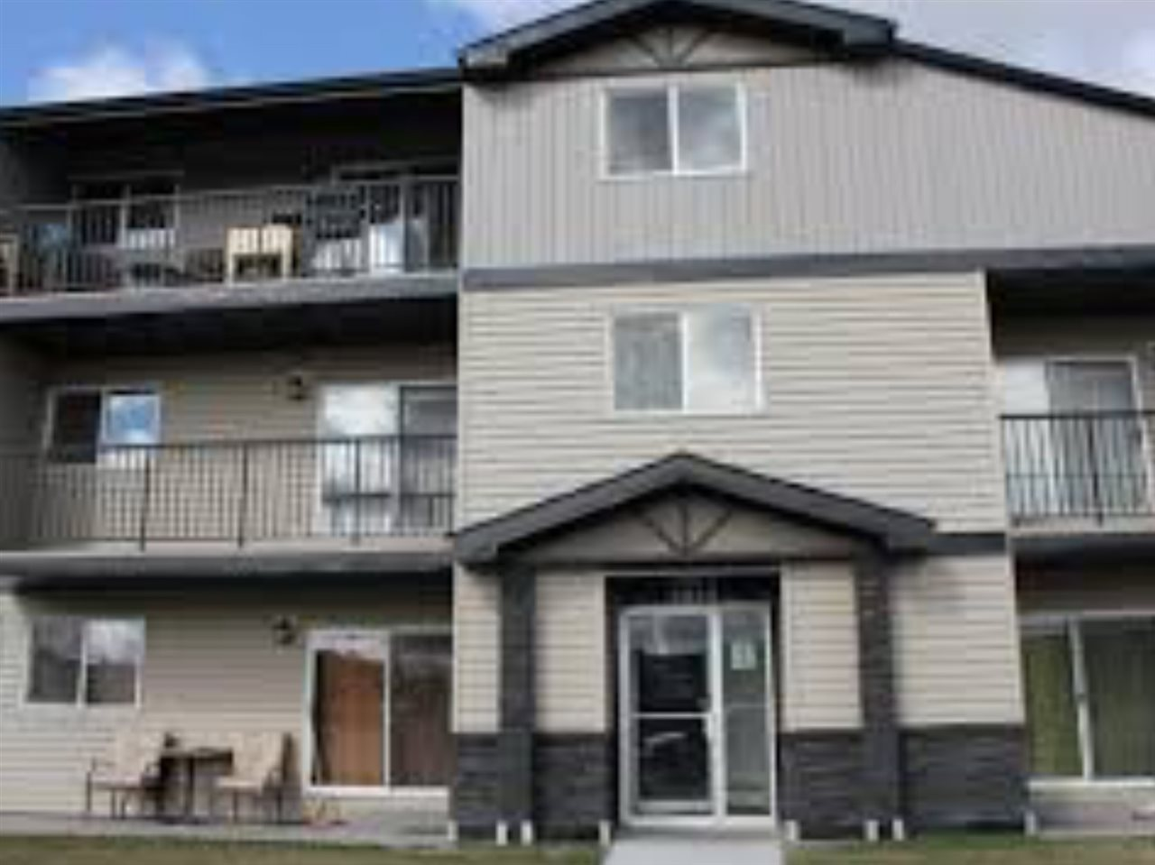 AFFORDABILITY PLUS!! The fees are SUPER LOW when you factor in Heat and Water included! The complex is located in Blue Quill, a desirable and safe part of town that is walkable with shopping, walking trails, LRT and more! This unit has a number of recent upgrades including cabinets, flooring and bathroom.