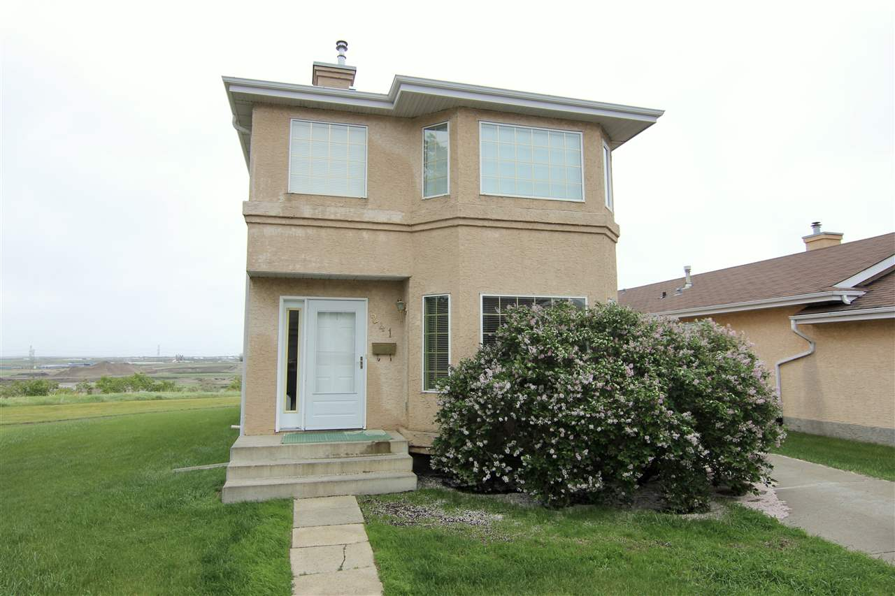 Charming 3 bedroom 2 story home with over 1500 sq ft of living space including a fully finished basement on a pie lot directly backing on to the North Saskatchewan River. Step out to the many trails just outside your back yard with no rear neighbours for added privacy and spectacular unobstructed views of the the River valley. The front living room has laminate flooring that continues throughout the home with main floor laundry in the half bathroom. Country kitchen with oak cabinets & is open to the dining area boasts amazing views of the River valley. Upper floor has 3 good sized rooms including a master with a 3-piece ensuite and a 4-piece bath. The fully developed basement has a rec room and a den that can also be used as a 4th bedroom with an additional 2 piece bath. Enjoy the long summer nights on your oversized deck in the landscaped yard while taking in the serene views. Close to K-12 schools, amenities like shopping, transit, walking trails, skiing, access to the Henday & Yellowhead freeways.