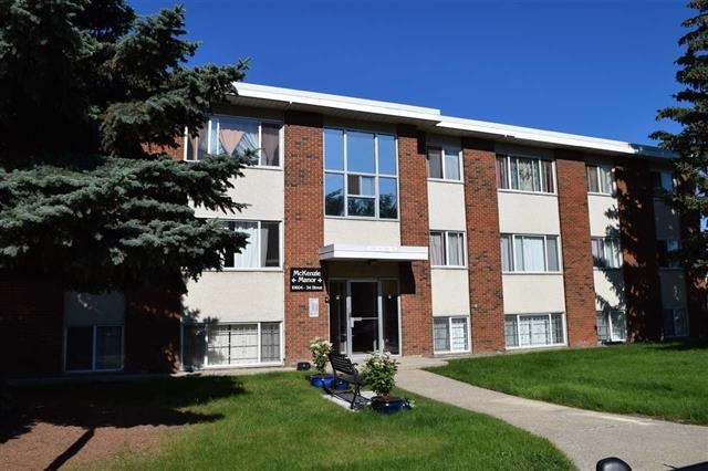 Awesome one bedroom walkup apartment condo shows really well with some great upgrades.  Newer counter tops and flooring has been updated.  Adult only building very well managed and has upgraded vinyl windows.  Great location, just minutes from Rundle Park, ACT Aquatic and Recreation Centre and Rundle Golf Course.  Quick and easy access to the Yellowhead and Anthony Henday.  Fantastic value!