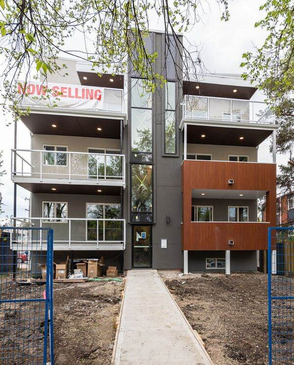 Currently under construction! The Ultra modern Max Building is all about affordable luxury located in Queen Mary Park minutes to downtown and Ice Arena District! Experience the highest standard in construction, and highest end finishes available, in our spectacular two-bedroom units. The Upgraded kitchen has an open concept floor plan ideal for hosting, with Maple cabinets, pewter grey backspash, eating bar with double sinks & quartz counter tops. Kitchen also includes soft-close cabinet drawers and doors. Large master bedroom with ensuite and walkin closet. Fully upgraded plank flooring and LED lighting package also includes two huge private balcony! Minutes to the Arts and Entertainment features on 124st. and the new Brewery District, City Market MEC. and downtown. Immediate possession.