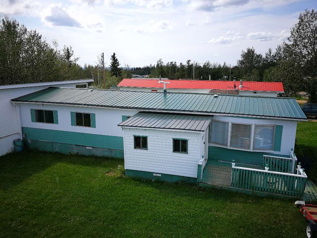 Did you ever think you could ever afford to own your own home. For $45,900 purchase this property including land, 1647 sqft home in very clean/attractive condition. Plus we will throw in many extras. This is way better and nicer than normal. Cheaper than renting and you can control your destiny.