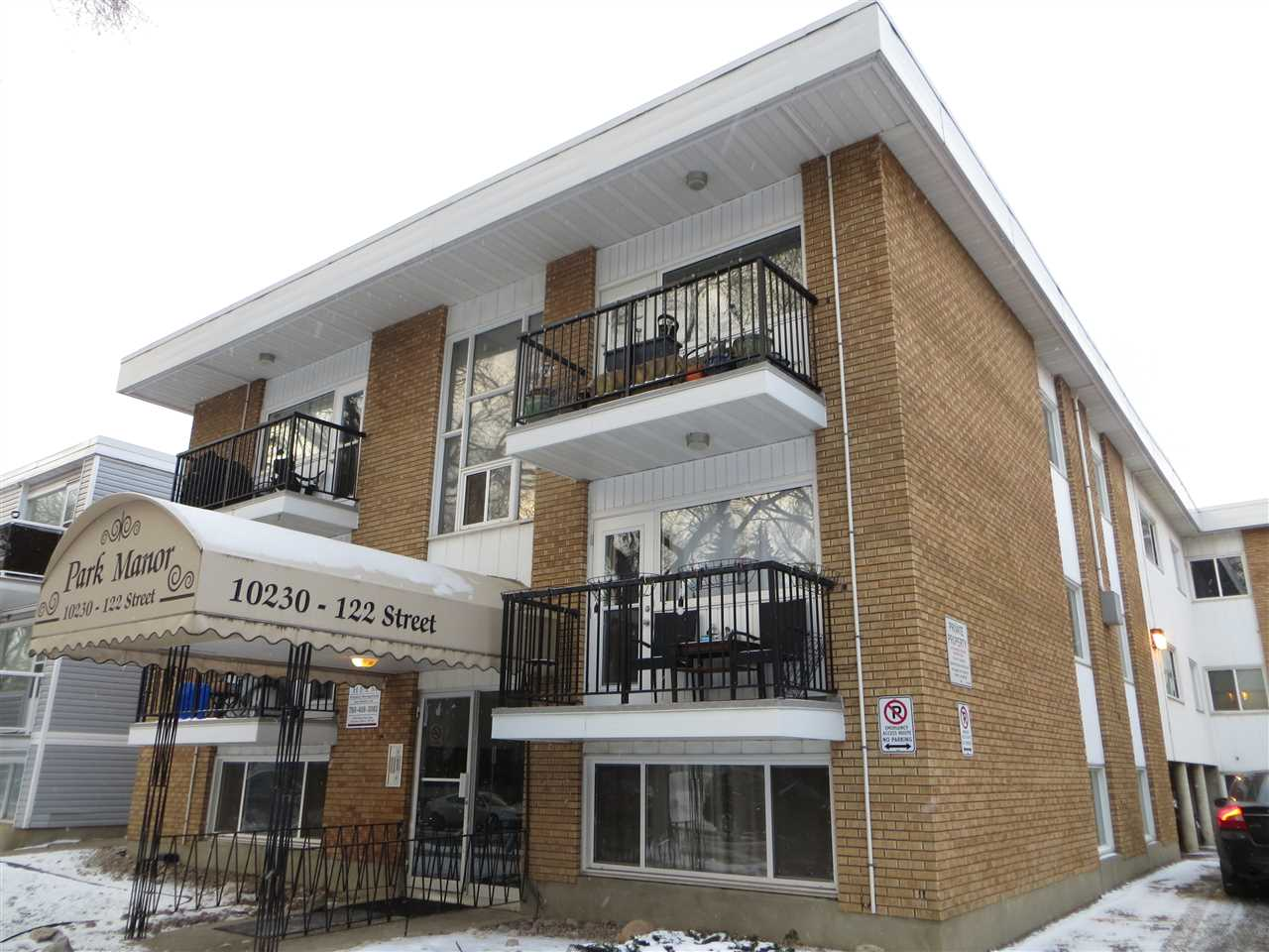 Prime location across from the redeveloped Paul Kane Park! Seller Financing available with no qualifying!  Your mortgage payment is as low as $405 per month with a 3.35% interest rate.  Move in or rent out!  The property does have positive cash flow covering mortgage, condo fees and property taxes with a rent of $825 per month. This 1 bedroom basement/main floor unit is in a prime Oliver location close to shopping and parkland. Well laid out unit with in suite storage, white galley kitchen, dining area and large windows. Added convenience is laundry on the same floor as the unit. Excellent opportunity to get into the market or invest without having to go through the hassle of qualifying under the tighter bank rules.  Let your tenant pay down your mortgage for you.  Vacant possession is possible for November 1.