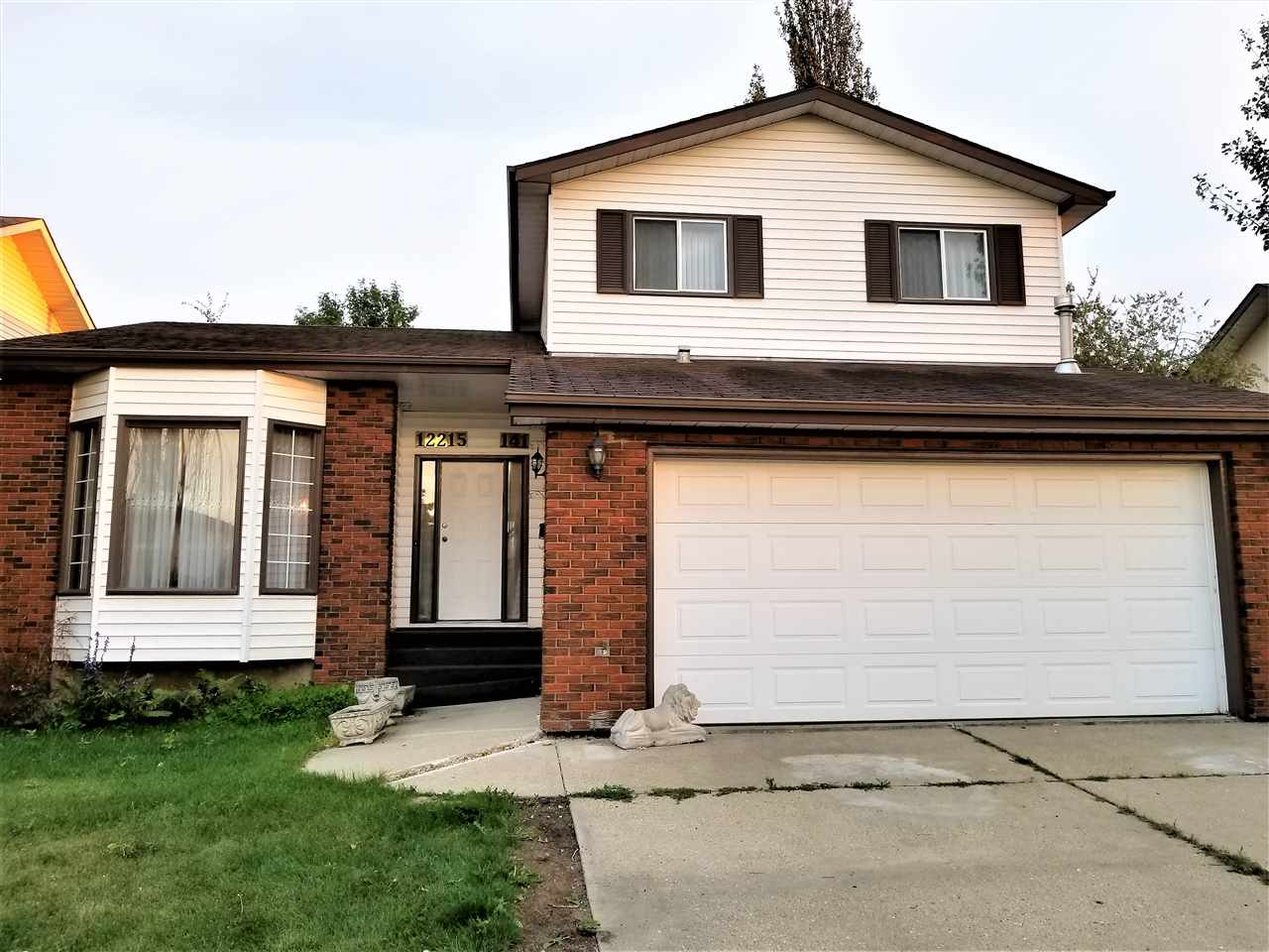 Looking for a large first time home or investment property in Carlisle? This 4 bedroom 2.5 Bathroom home is perfect for a New Home Buyer looking to have the kids attend any of the great schools in the area. Turn this diamond in the rough into a spectacular home and have pride of ownership while you work on building equity in this great neighbourhood. Front Living area has Vaulted Ceilings, Rear family room has Wood Burning Fireplace. Located on a quiet street it is very close to all kinds of shopping and transit. The Basement has 8 foot ceilings & is unfinished waiting for you, and the yard is very private with a vinyl no maintenance Fence, Double Garage is Heated. Home has Sprinkler System, Built In Vacuum & Water Softener.