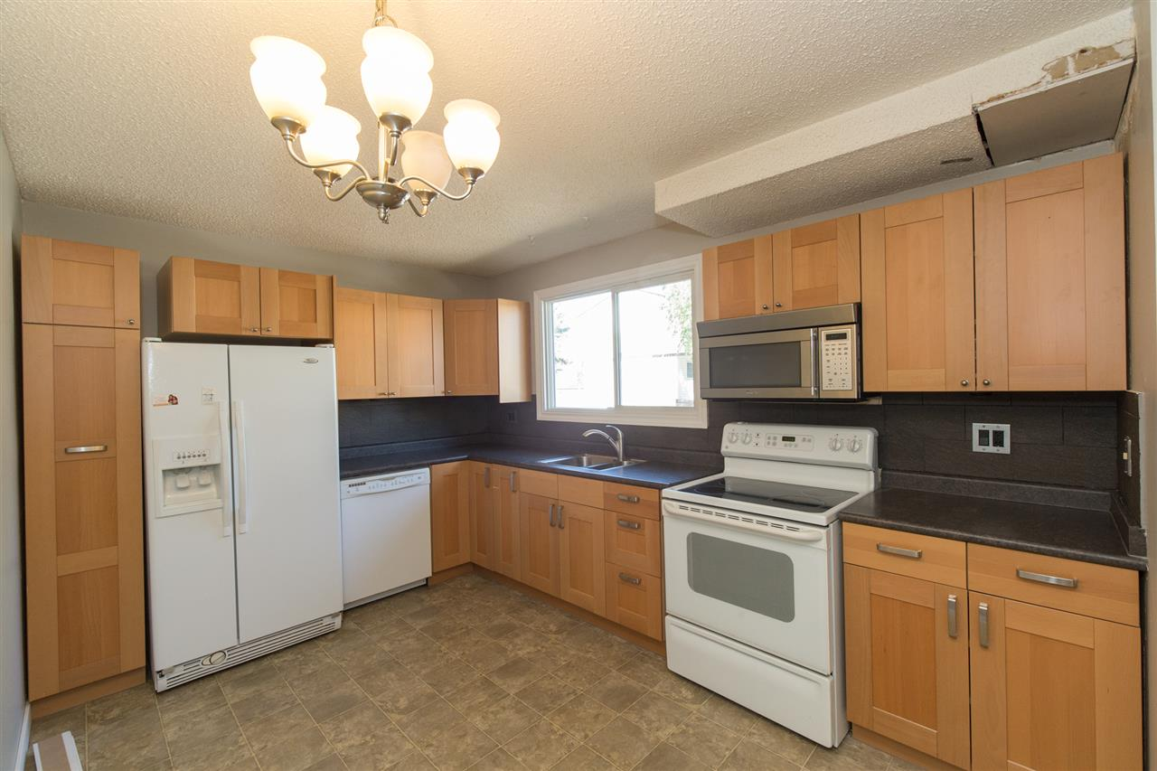 GET OUT OF PAYING RENT with this beautifully updated town home in the fantastic neighbourhood of Kernohan. Perfect for the first time buyer, new family, or investor, this town home backs onto park/school space that connects to the walking trails that lead right to the river! This condo boasts a fully finished basement with a full bathroom and ample storage. The main floor features a spacious kitchen and great sized living room. The upstairs boasts a 4-piece bathroom along with the 3 nice sized bedrooms. Brand new carpet and laminate flooring throughout the main and upper floors mean you can just move in and enjoy! Great sized yard and lots of room for storage, as well as an ADDITIONAL PARKING SPOT makes this home versatile for its new buyer! Come take a look and make this your home today!