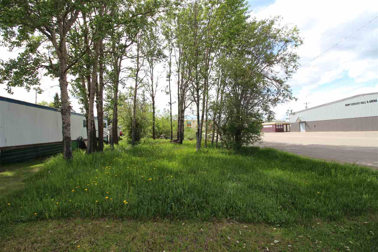 Very reasonably priced lot in the Village of Glendon! Lot is treed and conveniently located close to shopping, school, community hall and senior's centre.