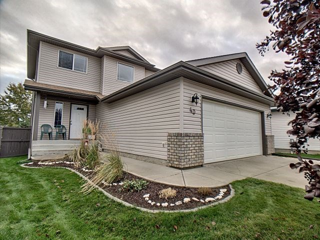 This well maintained non-smoking 2 storey home has 4 bedrooms with 3.5 baths. Located in High Park, short walk from K-9 school & Memorial Comp High school. Main floor living / dining / kitchen area is partially open concept. Stairwell built oversized for easy access to upper floor as well larger foyer entrance. Basement is developed w/wired in sound surround rec room opposite 4th bedroom and full bath, awesome for the teenager in your life! Oversized garage insulated, wired for 220v. Driveway pad length allows 4 vehicles or summer RV parking. Fenced yard faces south with large 10'x12' shed, fair sized garden area, raised 14'x12' deck off back door, & extra large gate passage to store all your toys! Close to all amenities, Hospital & golf course. Access to hi-ways & extensive bike/walking path system. Great home for the growing family!