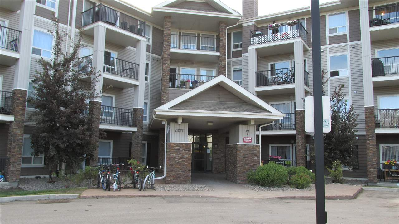 TWO BEDROOMS THIRD FLOOR CONDO IN THE DESIRABLE SOUTH TERWILLEGAR LOCATION. MINUTES TO ANTHONY HENDAY, SHOPPING AND TRANSPORTATION, TITLED UNDERGROUND PARKING. LARGE MASTER BEDROOM WITH WALKTHROUGH CLOSET AND 4 PCS ENSUITE BATHROOM. SPACIOUS SECOND BEDROOM LOCATED BESIDES 4 PCS BATHROOM.'LARGE LIVING ROOM AND KITCHEN WITH STAINLESS STEEL APPLIANCES. IN SUITE LAUNDRY AND LARGE STORAGE ROOM.
