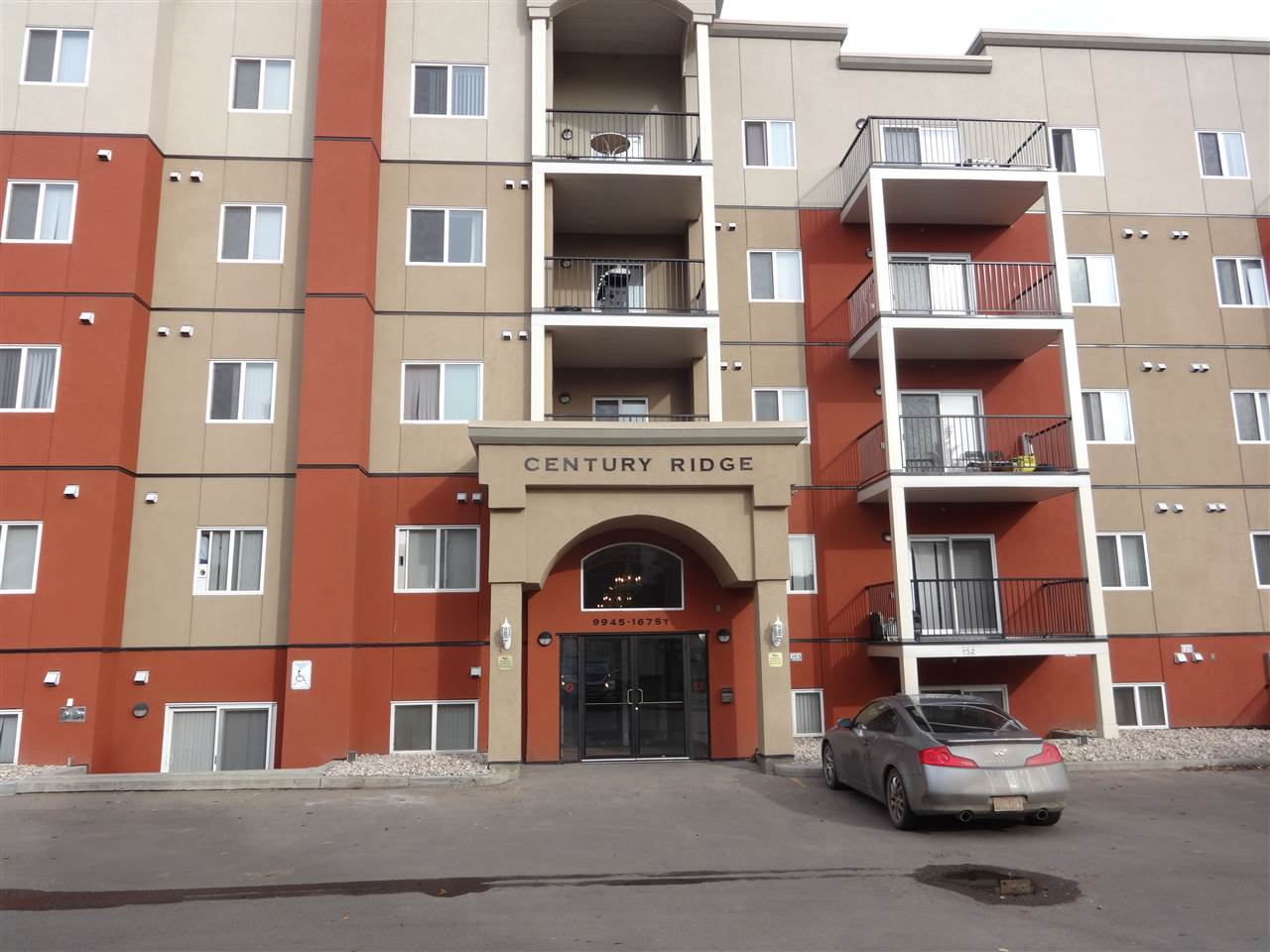 One bedroom plus Den with 1 full bath (cheater ensuite) on 3rd floor. Almost 800 square feet. Open floor plan for kitchen, eating area and living room. Balcony faces south. Unit faces south and away from roadway. 2 outdoor parking spaces are very close to main entrance door. Has in-suite laundry and storage. Excellent transit access. Close to many amenities.