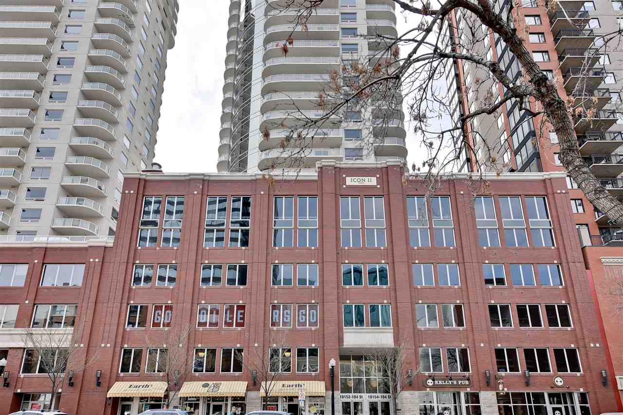 Spacious and immaculate 1 bedroom perched not to high nor too low it's just right for outstanding views and yet feels connected to the fabulous tree-lined 104th street. This spacious condo (registered condo size 773.9 sqft) offers a bright neutral decor, modern contemporary cabinets, eating bar, granite counters, SS appliances, engineered wood flooring, back-splash & the added benefit of in-suite laundry along with 1 titled heated parking stall as well as a storage unit. Large east facing picturesque window in the living room offers tons of natural light and showstopping Downtown/city views. Spacious balcony accommodates plenty of seating, a BBQ and completed with natural gas hookup. Enjoy the River Valley Trails, Farmer?s Market and all the culture and entertainment downtown living has to offer. LRT located across the street offers quick access to the U of A, NAIT & beyond or walk to McEwan University. A short walk to shopping, theatre, dining & entertainment; a perfect location to live, work and play.