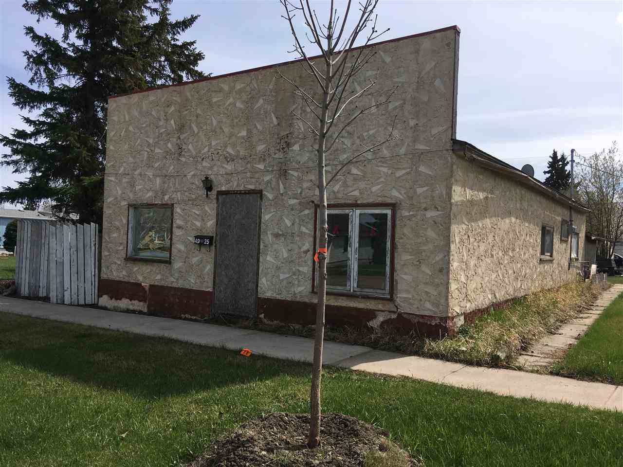 Affordable, 1266sq ft, 2 bedroom bungalow, close to shopping in Viking, AB. Open floorplan with large kitchen, livingroom, 4 pce bath and 2 bedrooms on main floor. Dugout is 5' tall with cement floor and sump pump. Hand made wooden cabinets add character to this spacious home. The oversized single garage on this large treed lot close to main street.
