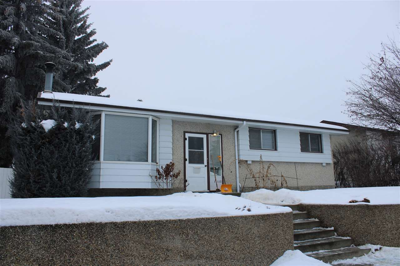 Excellent starter home in the quiet family oriented neighborhood of York. Minutes from multiple shopping areas this house is smack dab between Londonderry Mall and Manning town center. The house features a finished basement large reverse pie shaped lot, and a massive parking area for your RV, travel trailer or project car.
