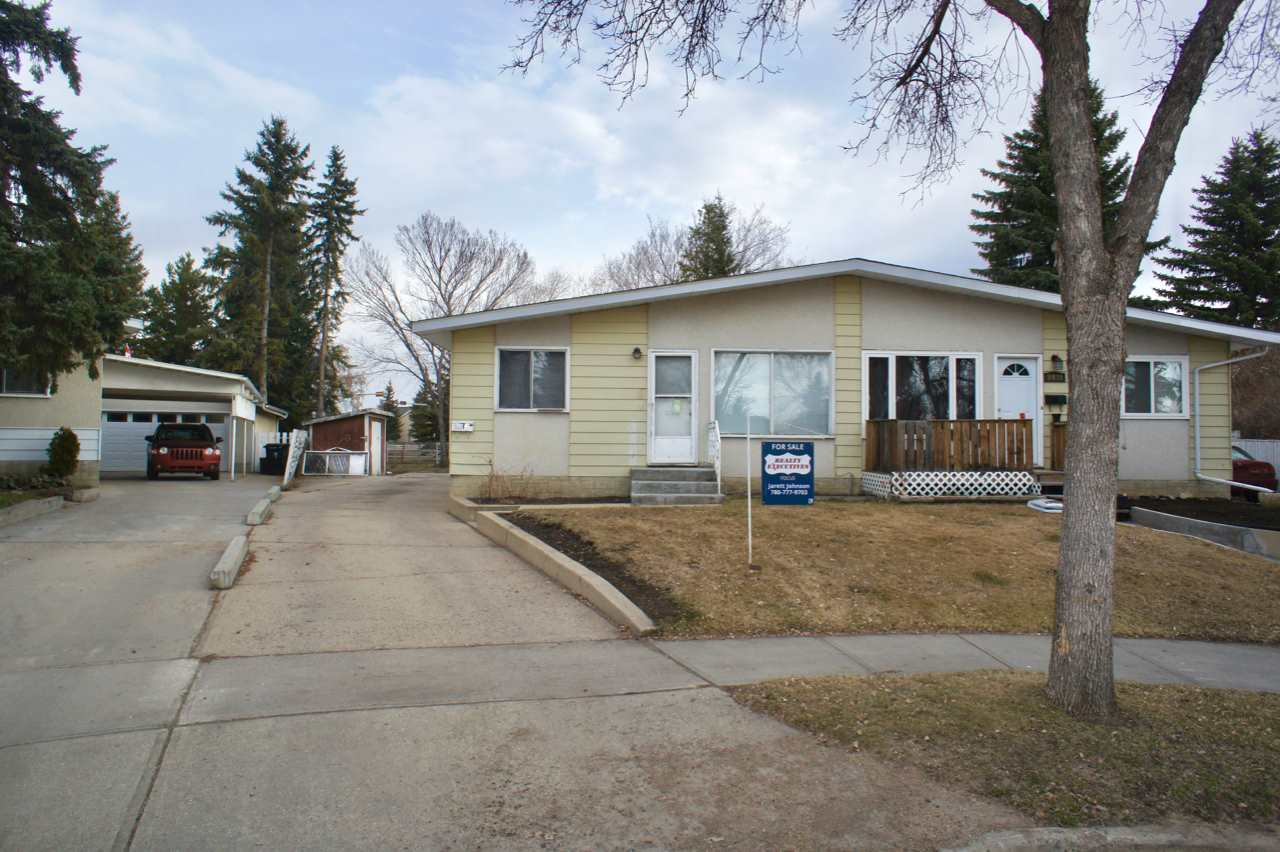 Welcome Home! Great 3 Bedroom Duplex in Quiet Cul-De-Sac in the heart of Fort Saskatchewan. Close to everything and easy access to major highways, shopping, transportation, schools, parks, and so much more. HUGE PIE SHAPED LOT. Main floor has 3 bedrooms, full bathroom, large living room and kitchen with dining area. Partially finished basement has large family room area, laundry room, rough in bathroom area and furnace mechanical room. Also has basement bedroom area. Property is a fixer upper and great home for first time home buyer?s looking to build equity or investor looking for great rental property and future value. Do not let this one pass you by!