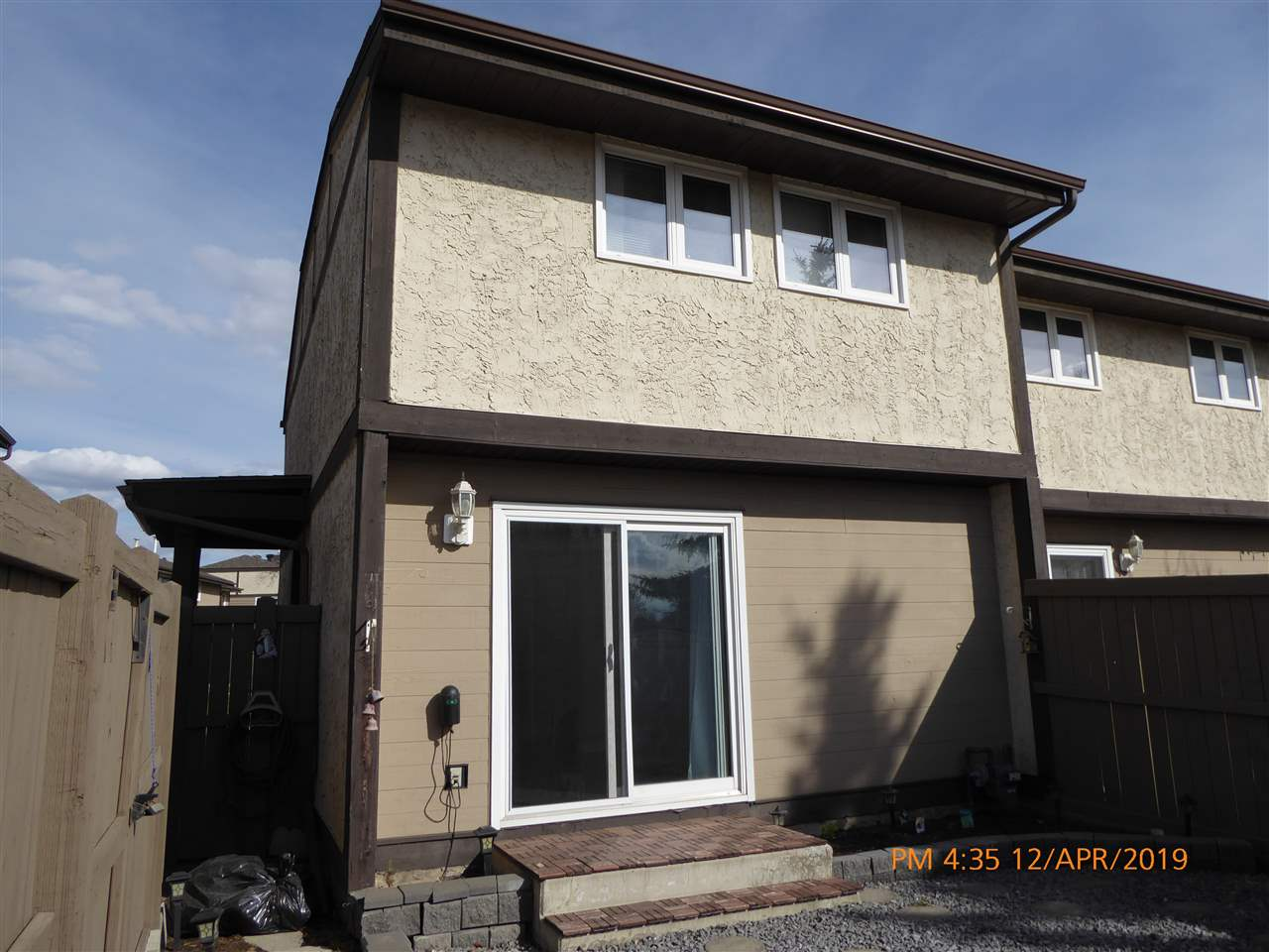 Very immaculate and well-maintained 3-Bedroom, 1090 Sq Ft, 2-Storey End Unit Townhouse Condo in a great location - Clareview, Gryphon's Walk complex. New laminate flooring throughout, and new windows and doors. Close to all amenities including the LRT, with great access to the Yellowhead(Highway #16) and the Anthony Henday Freeway. Great starter family home!!