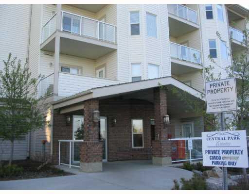 Immaculate Top Floor Condo in the desired Cental Park Estates 55+ Adult complex. This great 756 sq/ft unit features: 1 large bedroom, upgraded kitchen with raised eating bar open to spacious nook and great room, 4pc bath upgraded with $10k SIT IN  tub, in suite laundry with storage, North facing balcony plus so much more. Situated in a great complex with an inviting lobby, theater room, social/party room, fitness area and rec room. Connected via a pedway to Assisted Living Complex and next to NE Health Center, this is an amazing place to live at a great price!