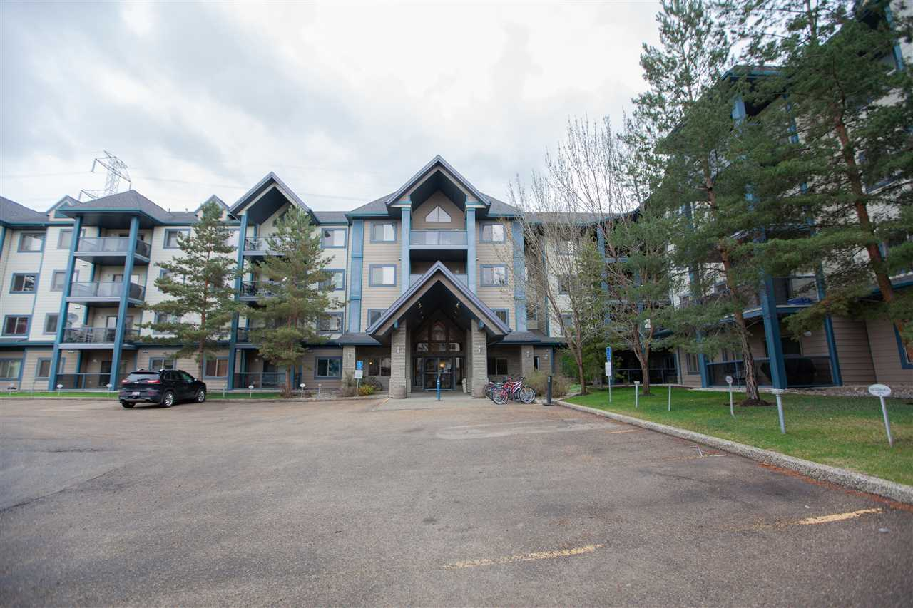 Gorgeous three bedroom plus a den/laundry condo unit in the prestigious Hodgson community. Great location close to nature ravine, walking trails, parks, Magrath heights shopping plazas, Terwillegar recreation center, Goodlife fitness, public transportations. Easy access to Whitemud and Anthony Hendy highways. This rarely find large condo unit is good for a growing family. As well as a great investment opportunity. It boasts 3 bedrooms, a den/laundry, master ensuite, one 4-pic full bath, in-suit laundry. A heated underground parking (w storage cage) plus an external parking stall. Newly installed laminate flooring throughout. Newer kitchen cabinetry with tons of storage. Gas BBQ on the patio for your summer fun! It is a ten!!