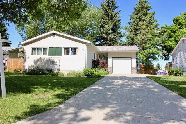 Here's the scene on Evergreen: you get a well-maintained and spacious bungalow on a HUGE lot, with a private and park-like back yard that backs onto an actual park! This 1,100+ sq. ft. bungalow features 4 bedrooms and 2 full bathrooms. The main floor features renovated kitchen with stainless appliances, spacious dinette area open to the living room. The fully finished basement boasts a large rec room, new carpet throughout, seperate laundry area and an oversized fourth bedroom. Numerous upgrades include newer furnace, hot water tank, soffit, fascia, deck, fence and windows! The large private lot backs Campbeltown School and playground and features large, mature trees, private deck area, storage shed, fire pit and RV parking.