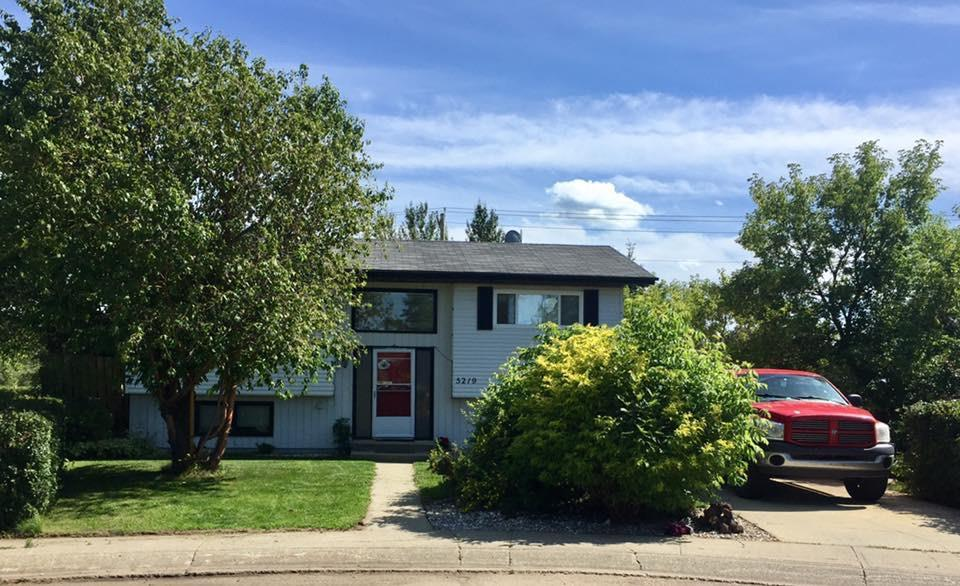Come live in Onoway. This cute bi-level is the perfect starter home, featuring 3 bedrooms and 2 baths, a nice sized living room and dining and a kitchen with plenty of white cabinets. The dining room has patio doors to a large deck with gas hook-up for the BBQ. The basement is fully finished with a large family room, extra bedroom and full bath. The huge yard is nicely landscaped and has a double garage with natural gas already for you to hook up the heat. Come have a look at this great home.