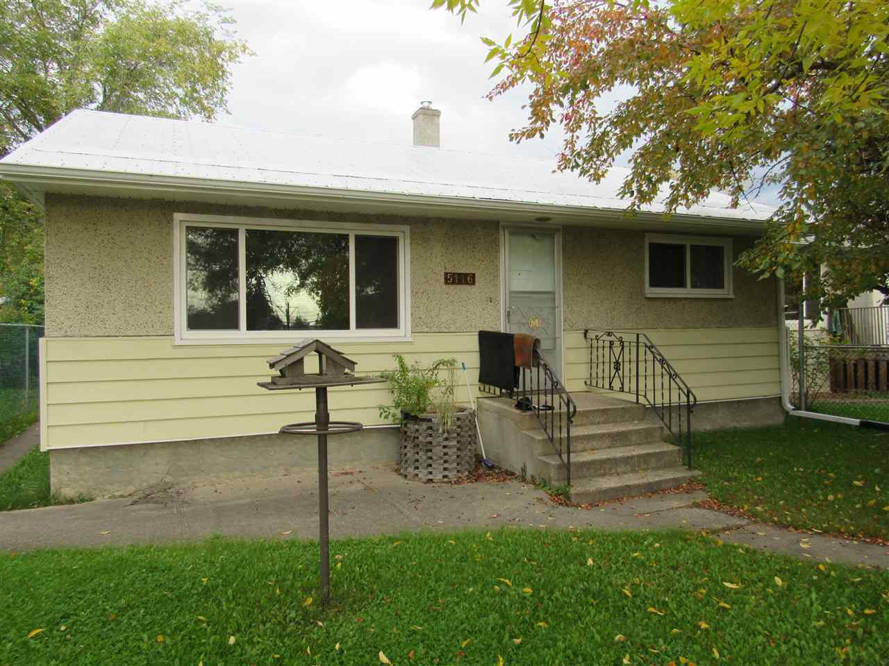 Cozy little 2 bedroom with recent upgrades. New windows as well as flooring and a high efficiency furnace. This could be a great income property or for your 1st home purchase. Close to schools and downtown...