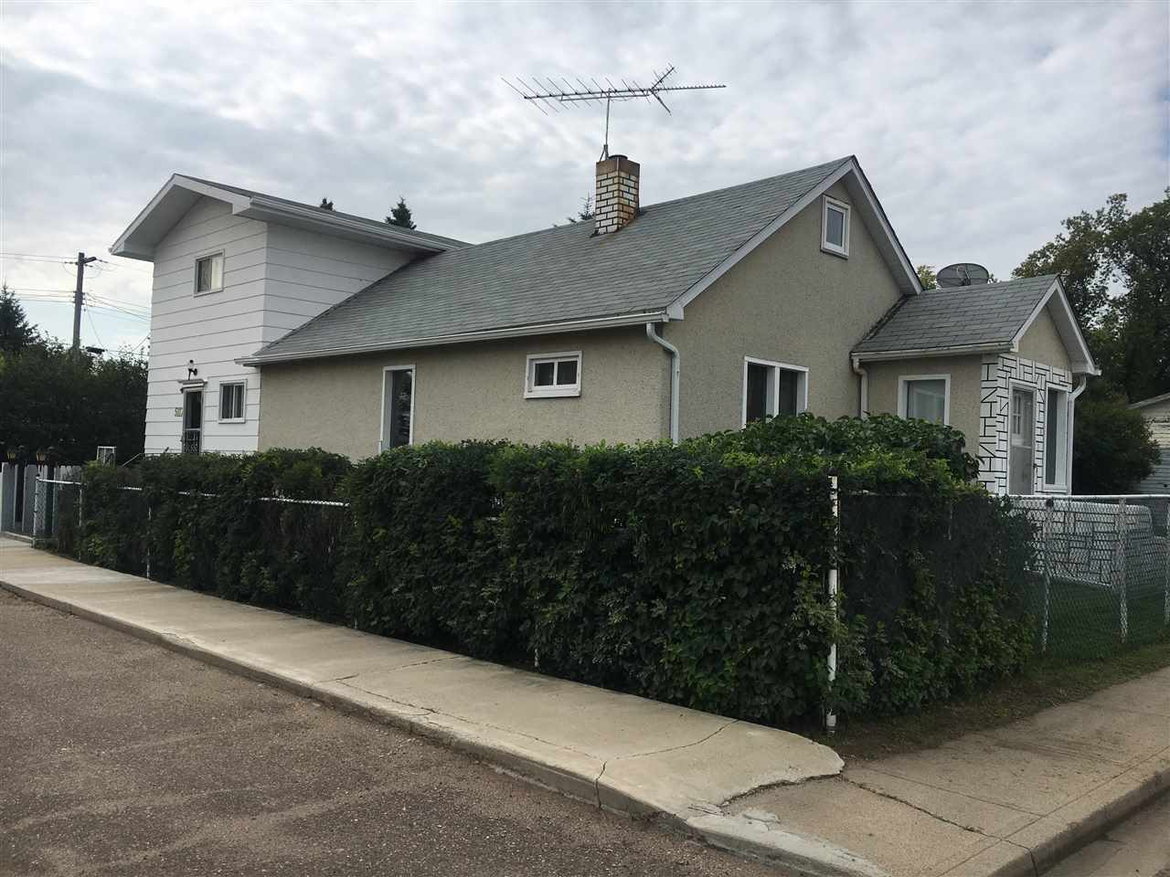 Solid 1.5 storey house with addition located in the quiet town of Lavoy.  This well cared for home is on 2 lots with double attached garage.  Home has only had one owner and shows through out.