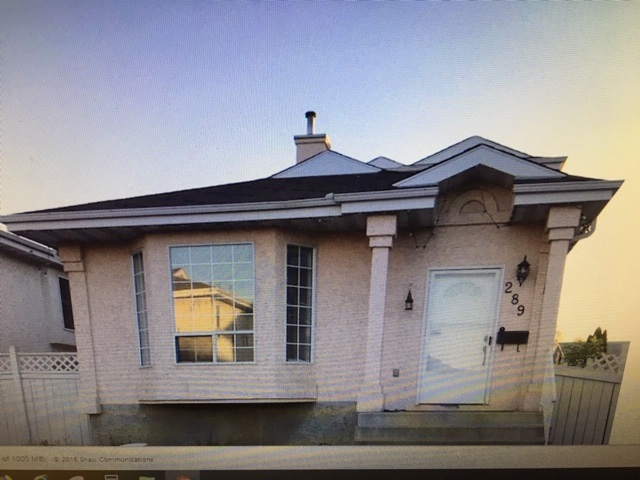 """Renovated 4 level split in quiet strata community of River Point. Close to schools, shopping, bus stop & other amenities. Easy access to River Valley, Anthony Henday & Yellowhead Fwy. There are 3 finished levels above grade & open floor plan. Full open basement is unfinished. Kitchen has newer appliances & a lge eating area (""""DR""""). Sunken Family Rm with mantle & tile surround Gas F/P. Walk out to west facing back yd. Upgraded new brown laminate floors & white baseboards in every room on top 3 levels. New front, patio & doors to all bedooms & bathrooms & all door knobs; new tub & toilet in 4 pce bathroom; new blinds; new chandelier in dining room (eating area); plus new paint. Walking path beside house. HOA covers street snow removal."""