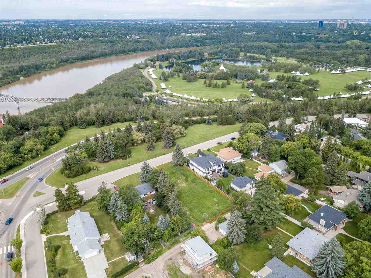 THE BEST LOCATION IN NORTH WINDSOR PARK - ONE OF THE LARGEST LOTS - STUNNING LOCATION on Saskatchewan Drive! Sweeping views of the river valley & a one of a kind location for your future home.  JUST OVER 17,858sqft of flat development land ? roughly 94.35 feet x 188.38 feet, an incredible opportunity! Capturing the graceful perceptions of the beauty in nature & the possibilities of contemporary elegance with a new home in a prestigious location.