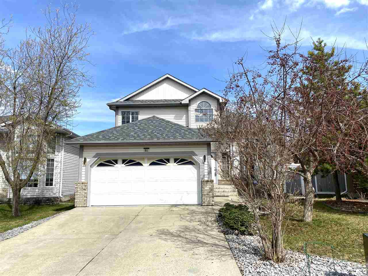 PRICE DROP! SAVE 35K! Nicely Updated 2 Storey Home in Twin Brooks! Vaulted Ceilings and numerous upgrades like; Quarts counters, Newer kitchen, New Flooring, New paint and the list goes on! This 4 bedroom home offers a ton of storage space, a large rec room and loads of space for your family to enjoy both inside and outside in the large yard. All this home needs is you! SELLER IS OFFERING A SWIM SPA AT NO CHARGE WITH THE PURCHASE OF THIS HOME!