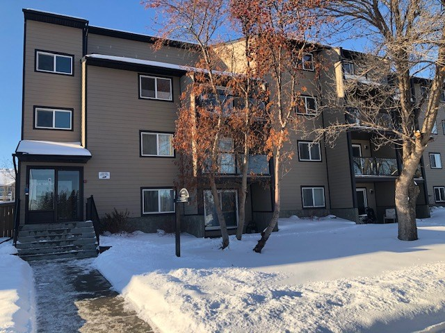 Super Location -  Totally Upgraded 2 Bedroom Unit.  Pride of Ownership - Just Move In - New Laminate Flooring Thru-out, New Kitchen Cabinets, Bathroom Upgraded, Freshly Painted and Loads of Storage space.  Close to NAIT, Downtown or 124 Street Area, MacEwan University and  All Sorts of Shopping are just minutes away.   Enjoy the Deck in the Summer and One Parking Stall is Close to The Building.  Laundry Area is Close at Hand on This Floor.  The Building Has had a Complete Reno with New Windows, Siding, Soffits, Eaves and Balconies and Roof.   The Property is located across from a Park and Is Pet Friendly with no size restrictions  for dogs and There are 3 Off Leash Parks in the area.  This are No Special Assessments on this unit.