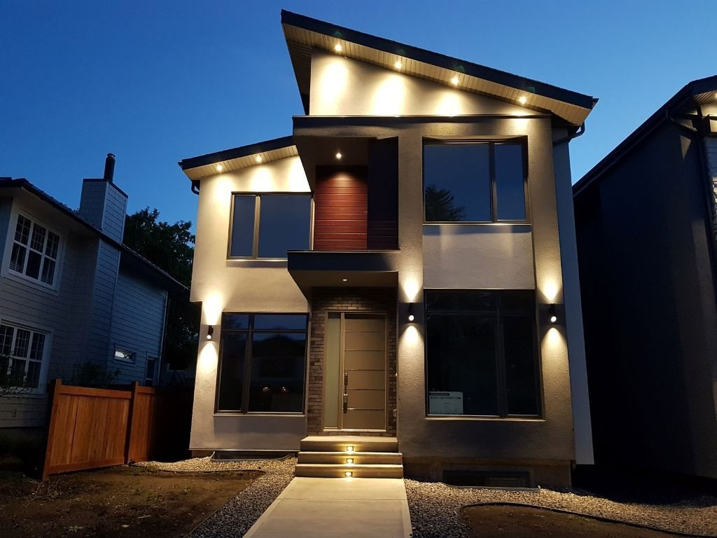 New custom Canterra Estates home in Windsor Park built to highest standards. 2 storey 4+2bdrm, 5 full bath has a fully finished bsmnt (w legal bsmt suite). Modern construction features: lrg 3-pane windows, spray foam, all LED lights, high eff. furnace, acrylic stucco extr, w. brick/metal siding. The 10ft ceiling open main floor comes w. engrd H/W floor, 8ft doors/windows, living area w. f/p, bedroom, 3p bath, dining room, and family room. Kitchen features advanced/high end custom cabinetry like none other, fully auto doors/drawers with European hardware, fully integr Jenn-air appliances, pantry and island w quartz CTPs. Master bedroom has large WIC with luxury cabinets, ensuite with shower, a free standing tub, lrg vanity w. 2 sinks. There are 2 more bedrooms + 2 full baths, a laundry room, and a loft. Bsmt separate entrance, 2 bedrooms and full bath, and laundry room. Fin. HEATED double garage. Landscape/fence/AC included.