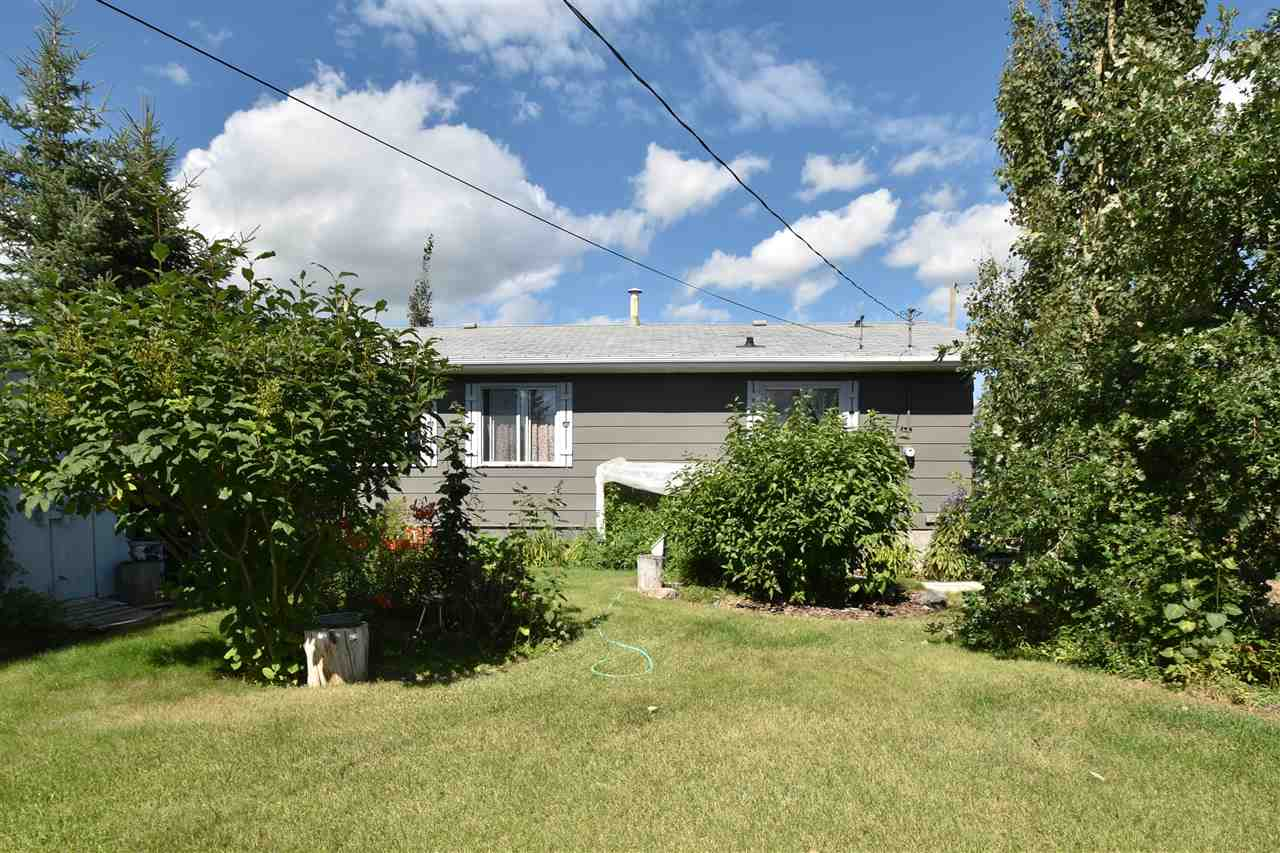 WHY WAIT? Sitting pretty in Ashmont is this 4 bedroom bungalow with open concept kitchen, large 4 piece bathroom, and beautiful yard. Downstairs you'll find a full basement waiting for you to finish however you like. Don't let this one get away.