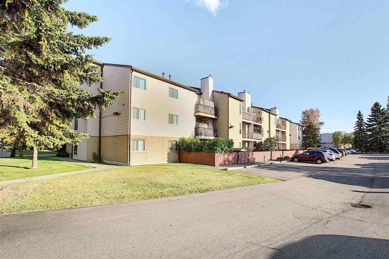 This immaculately NEWLY RENOVATED rare 3 bedroom apartment in BANNERMAN is minutes away from Yellowhead and Anthony Henday Drive. The floor plan incorporates 3 bedrooms, the main with en-suite, beautiful kitchen with quality brand new appliances, spacious second & third bedroom, En-suite Storage, 2 piece bath and a spacious living/dining area. The generously proportioned interior flows effortlessly from the open-plan living space to the private balcony from which you can admire the views of the city. Enjoy the luxury of the En-suite laundry and storage room. With its warm sense of community, and only moments to shops, eateries and transport this home provides all the elements for relaxing, comfortable and easy care living.